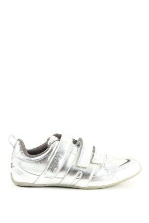 Nike Schnürsneaker silberfarben extravaganter Stil