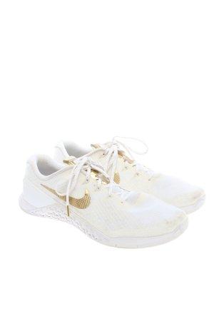 Nike Schnürsneaker weiß-wollweiß Casual-Look