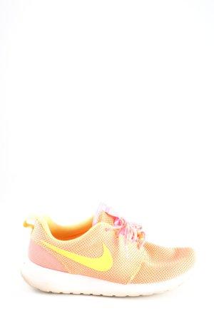 Nike Schnürsneaker creme-blassgelb Casual-Look