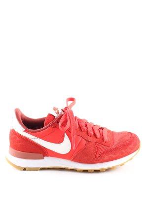 Nike Schnürsneaker rot-weiß Schriftzug gedruckt Casual-Look