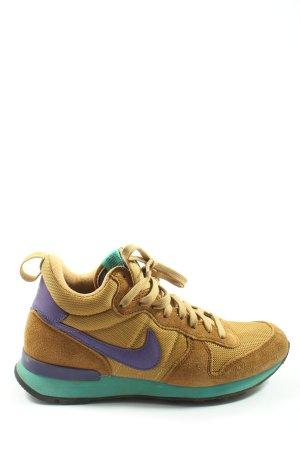 Nike Schnürsneaker braun Casual-Look