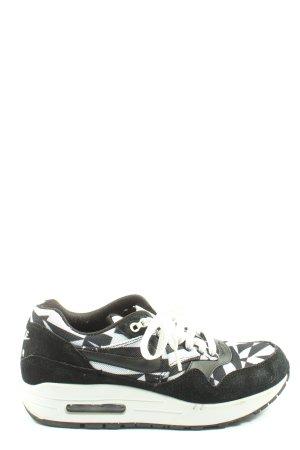 Nike Schnürsneaker schwarz-weiß abstraktes Muster Casual-Look