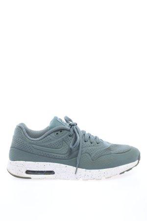 Nike Schnürsneaker grün Casual-Look