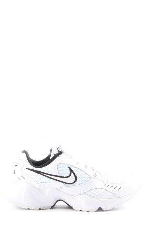 Nike Schnürsneaker weiß-schwarz sportlicher Stil