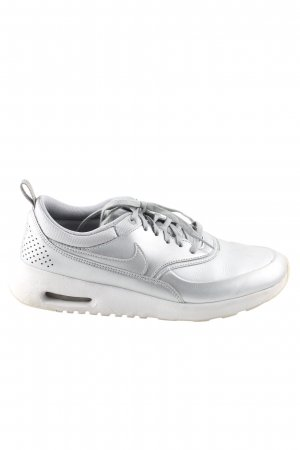 Nike Lace-Up Sneaker light grey casual look