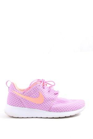 Nike Schnürsneaker lila sportlicher Stil