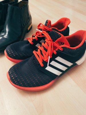 Nike Basket à lacet rouge clair-noir