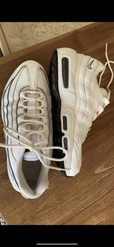 Nike Schuhe 95