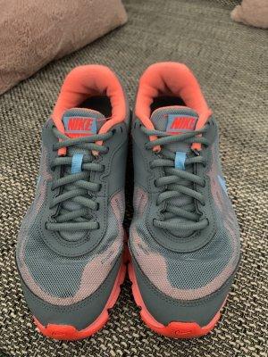 Nike Veterschoenen lichtgrijs-grijs
