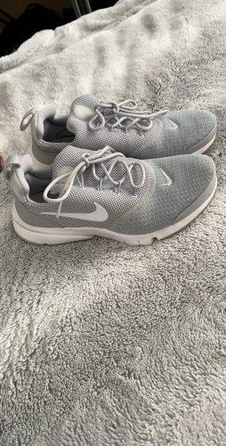 Nike Sneakers met veters lichtgrijs-wit