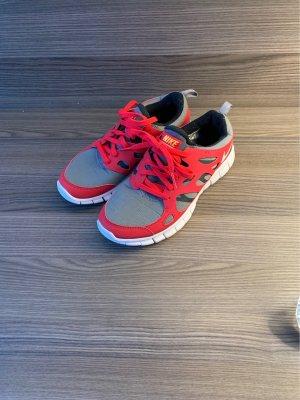Nike Schuhe Free Run 2 Gr.38 neuwertig