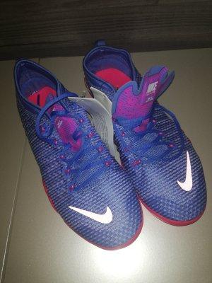 Nike Schuhe Gr. 38