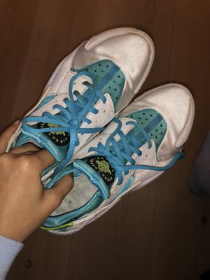 Nike Schuhe Gr. 41