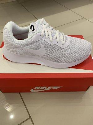 Nike Sznurowane trampki biały