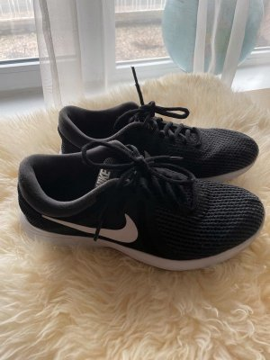 Nike Schuhe in sehr gutem Zustand, Größe 40 1/2