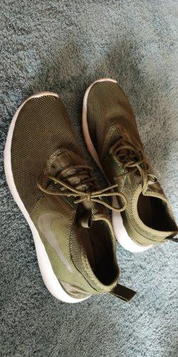 Nike Schuhe khaki