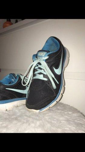 Nike Schuhe - Laufschuhe