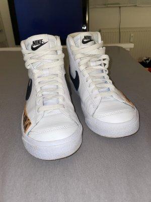 Nike Schuhe/ Leoprint