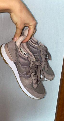 Nike Schuhe roséschimmernd