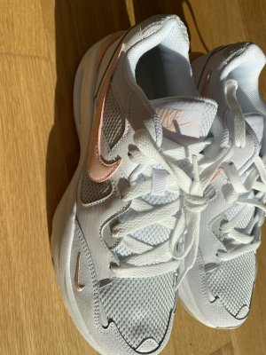 Nike Schuhe ungetragen