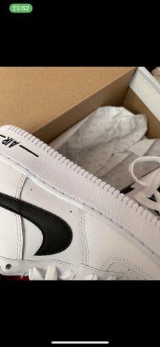 Nike Schule Damen Weiß