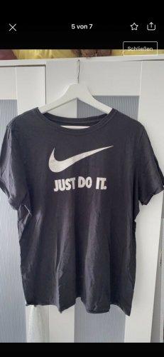 Nike T-Shirt white-black