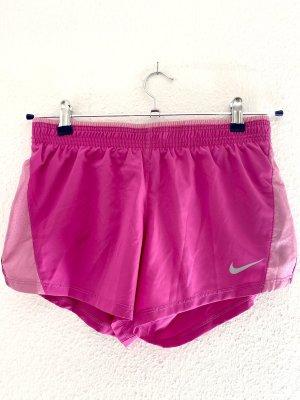 NIKE Shorts pink/rosé Größe S - NEU mit Etikett - sehr selten