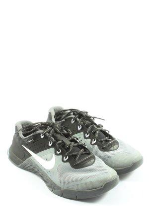 Nike Skaterschuhe türkis-schwarz Casual-Look