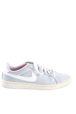 Nike Chaussure skate gris clair-blanc style décontracté