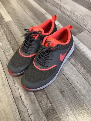 Nike Snaker
