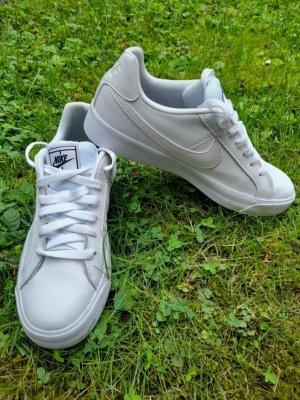 nike Sneaker 38,5 weiß