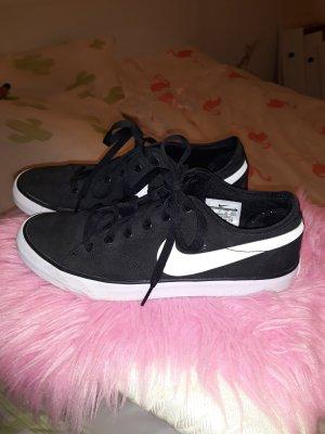 Nike Sneaker 41
