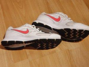 Nike Sneaker stringata bianco-rosa