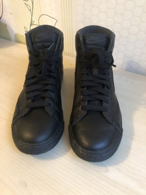 Nike Wysokie trampki czarny