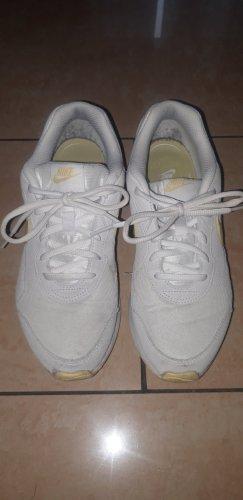 Nike Zapatillas altas blanco-amarillo pálido