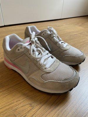 Nike Sneaker beige