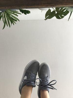 Nike Chaussure skate gris-blanc