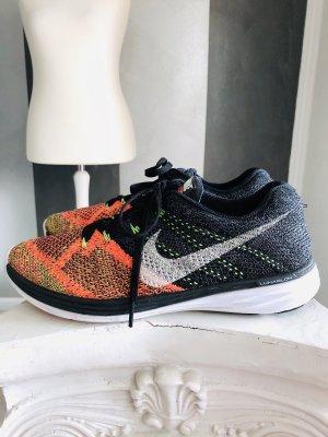 Nike Sneaker Flyknit Lunar 3 - Gr. 41