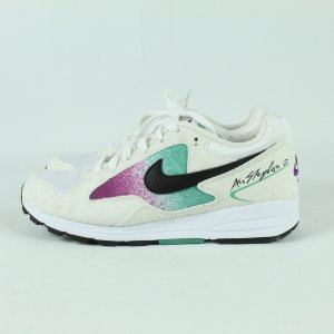 NIKE Sneaker Gr. 38 1/2 weiss Model. Air Skylon II (20/11/098*)