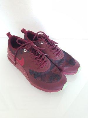 NIKE Sneaker, Gr.38,5, beerenfarben