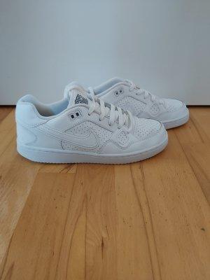 Nike Sneaker gr. 38 Son of Force