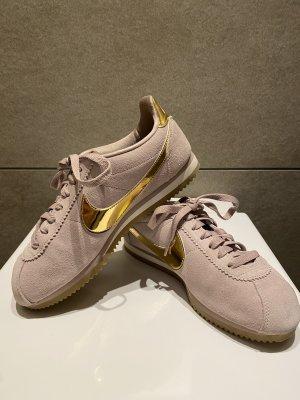 Nike Sneaker Gr.40
