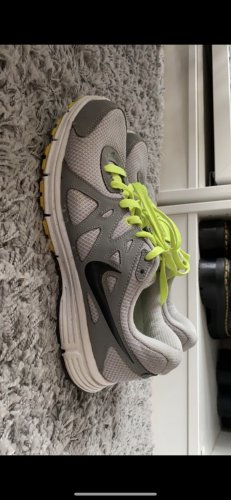 Nike Sneaker, Größe: 42