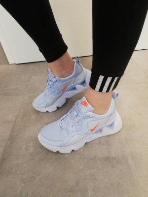 Nike Sneaker hellblau flieder neu 40