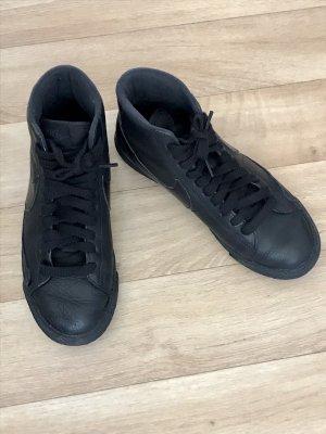 Nike Sneaker High Top schwarz / anthrazit Größe 37,5