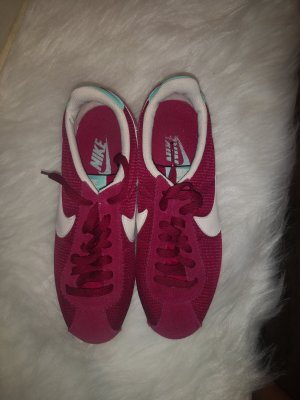 Nike Aanrijg Pumps karmijn