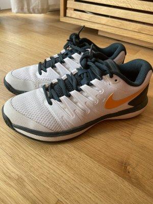 Nike Sneaker, kaum getragen