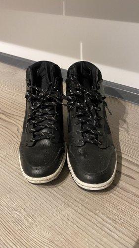 Nike Heel Sneakers black-white