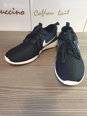 Nike Sneaker | Männer | Größe 42 | Schwarz