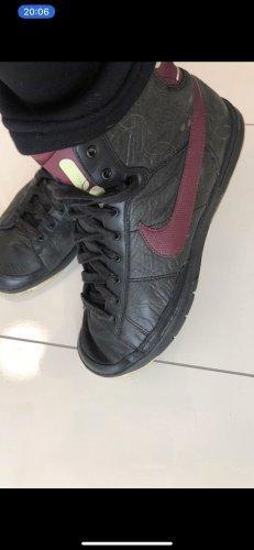 Nike sneaker neu in 37 echtes Leder